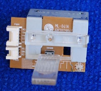 Power Button ML-041A 6870T904C11 от телевизора LG RZ-23LZ50