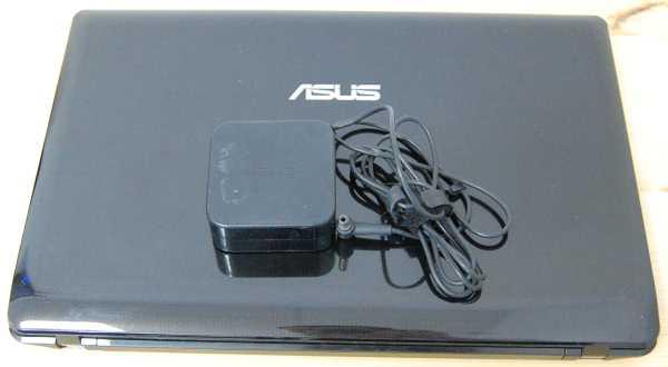 Ноутбук Asus K52JU вид сверху