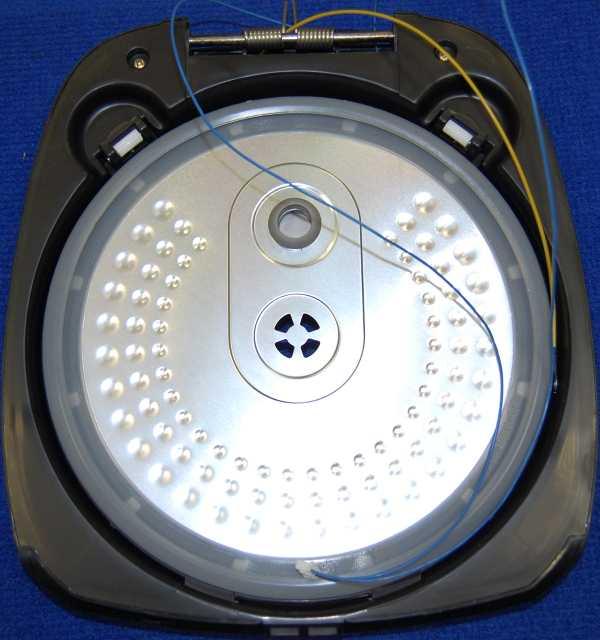 Съемная внутренняя алюминиевая крышка с прокладкой в сборе для мультиварки POLARIS